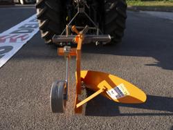 charrue simple dp 35 pour tracteur avec réglage de l inclinaison