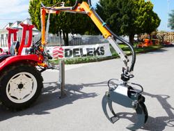 grue forestière hydraulique pour chargement du bois pour attelage tracteur mod crab 3000
