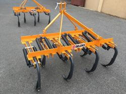 cultivateur 7 dents pour tracteur largeur 140cm pour préparation du sol mod de 140 7