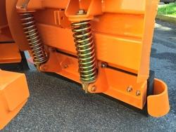 lame de neige avec attelage 3 points pour tracteur lnv 250 c