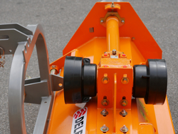 broyeur frontal réversible et déportable puma 180 rev pour tracteur