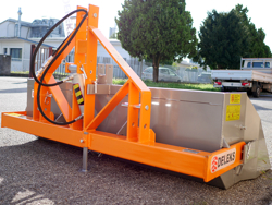 godet de 180cm hydraulique pour tracteur avec attelage 3 points standart mod pri 180 h