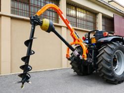 tarrière portée pour tracteur avec cardan modèle l 30