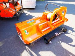 broyeur à marteaux pour sarments déport hydraulique pour tracteurs mod leopard 160 sph