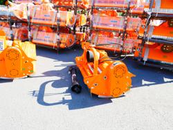 broyeur déportable hydraulique à marteaux pour tracteur mod leopard 180 sph