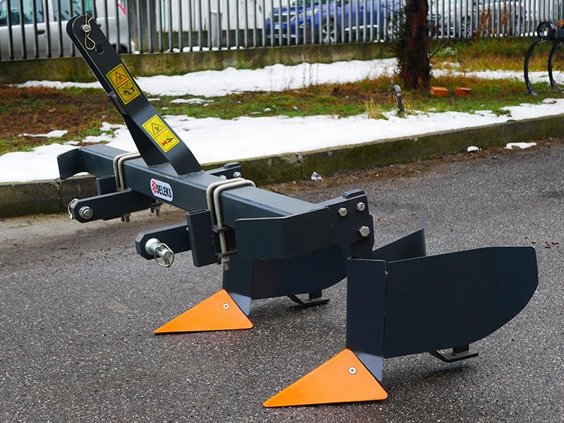 butteur-composé-de-2-éléments-pour-tracteur-modèle-da-140