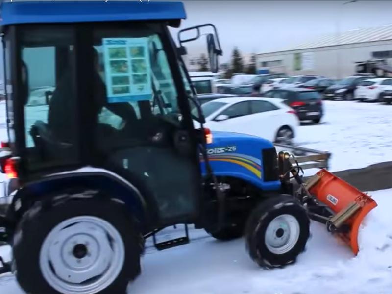 lame-à-neige-légère-frontale-lns-130-a