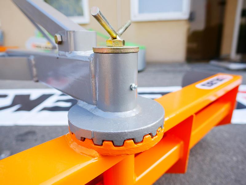 lame-niveleuse-polyvalente-170cm-pour-tracteur-mod-dl-170