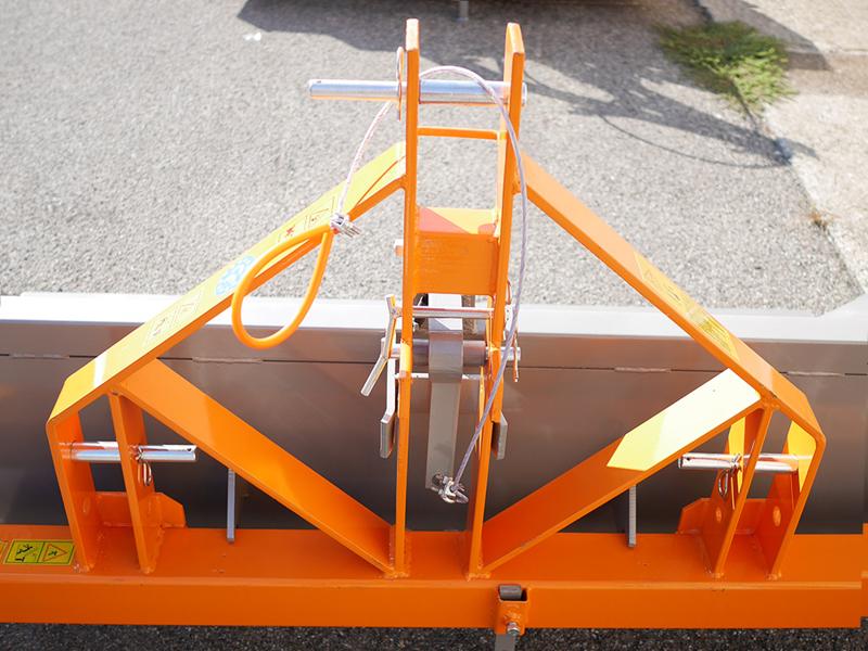 godet-basculant-pour-tracteur-série-lourde-mod-prm-180-h