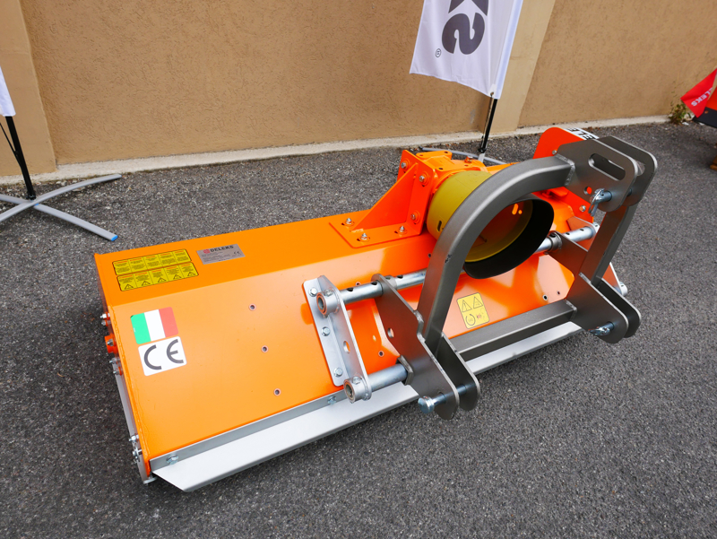 broyeur-déportable-à-marteaux-lynx-sp100-pour-micro-tracteurs