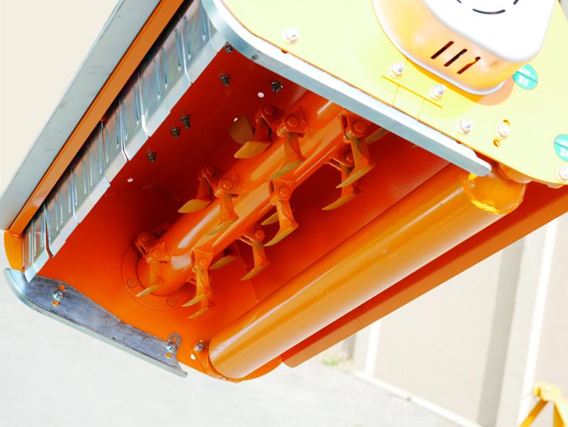 broyeur-à-marteaux-déportable-lynx-sp120-pour-kubota-iseki-solis