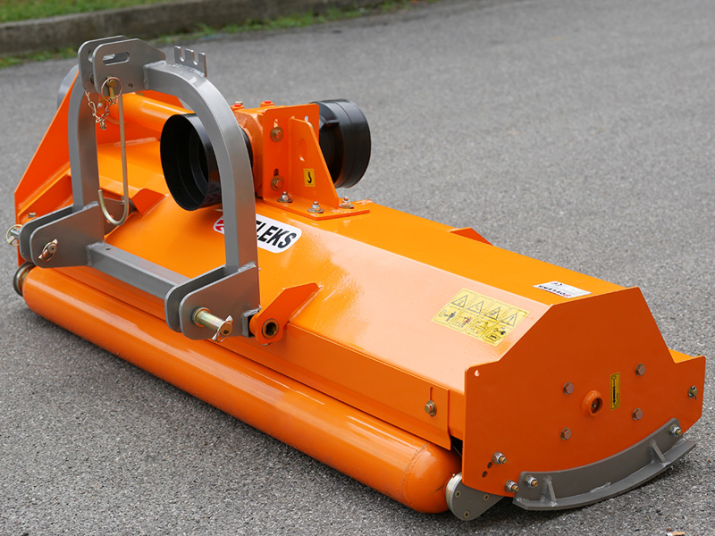 broyeur-frontal-réversible-et-déportable-puma-180-rev-pour-tracteur