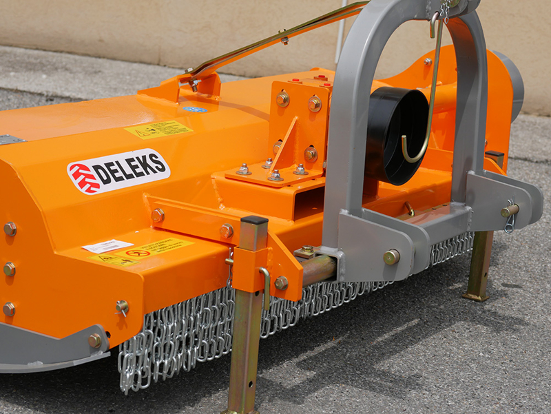 broyeur-à-marteaux-polyvalent-tigre-180-pour-tracteur