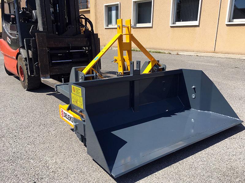 godet-de-2-mètres-et-capacité-700kg-pour-chariot-élévateur-modèle-prm-200-hm