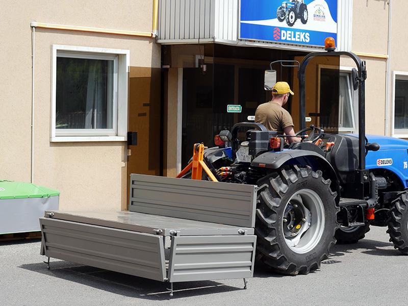 bennette-de-transport-200cm-pour-la-terre-graviers-sables-etc-mod-t-2000