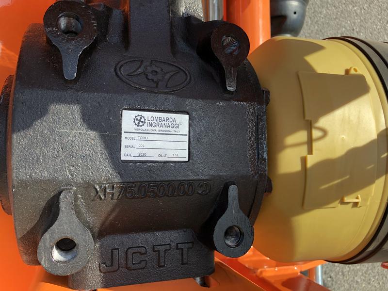 broyeur-à-marteaux-déportable-lourd-pour-tracteur-mod-toro-240