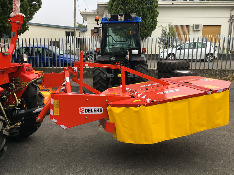 faucheuse-rotative-pour-tracteur-dfr-135