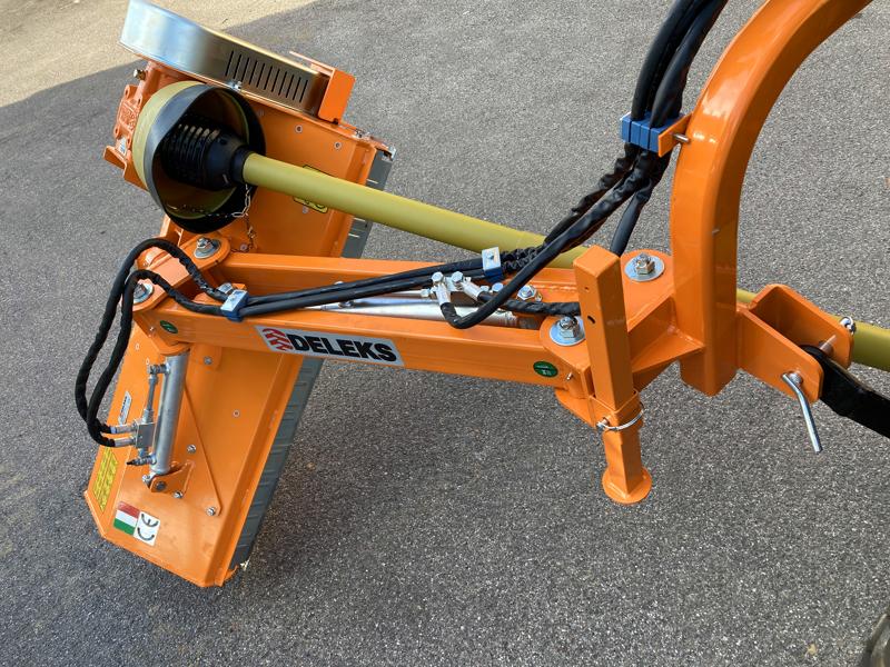 broyeur-d-accotement-polyvalent-à-marteaux-modèle-volpe-140