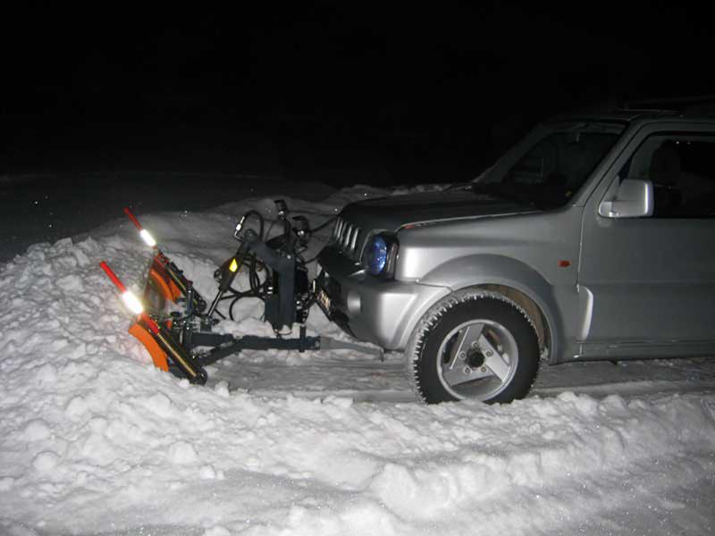 lame-à-neige-pour-véhicules-off-road-4x4-lns-190-j